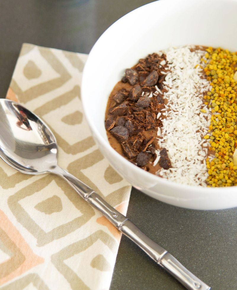 Indulge In A Banana Almond Butter Superfood Smoothie Bowl