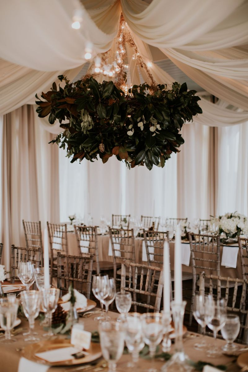 A Winter Dinner Party Wedding: An Intimate Celebration