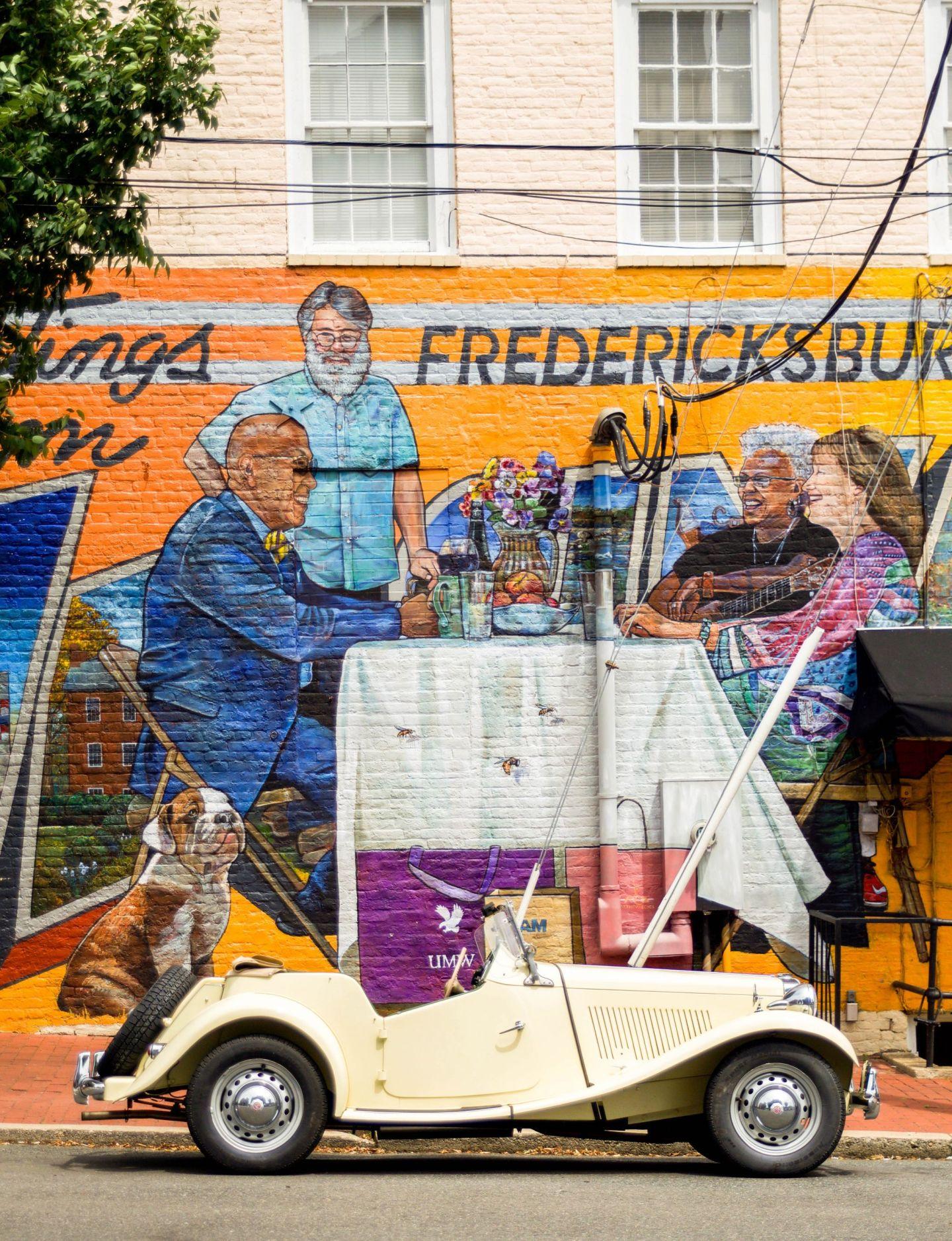 fredericksburg mural - visit fredericksburg - weekend in fredericksburg