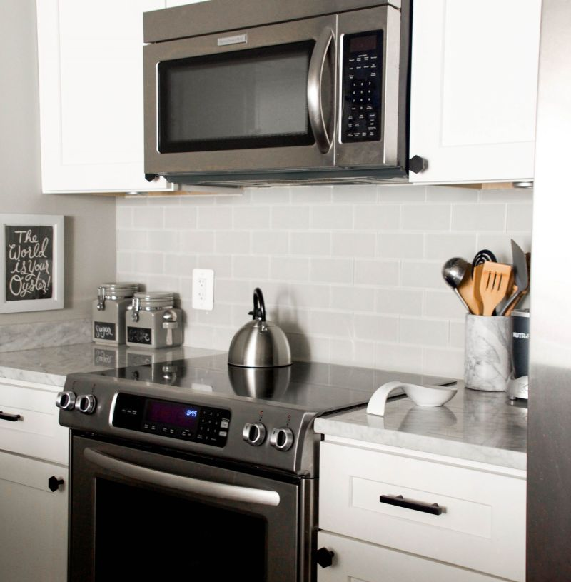 How to Update Kitchen Cabinet Hardware and the Vigo Edison Faucet