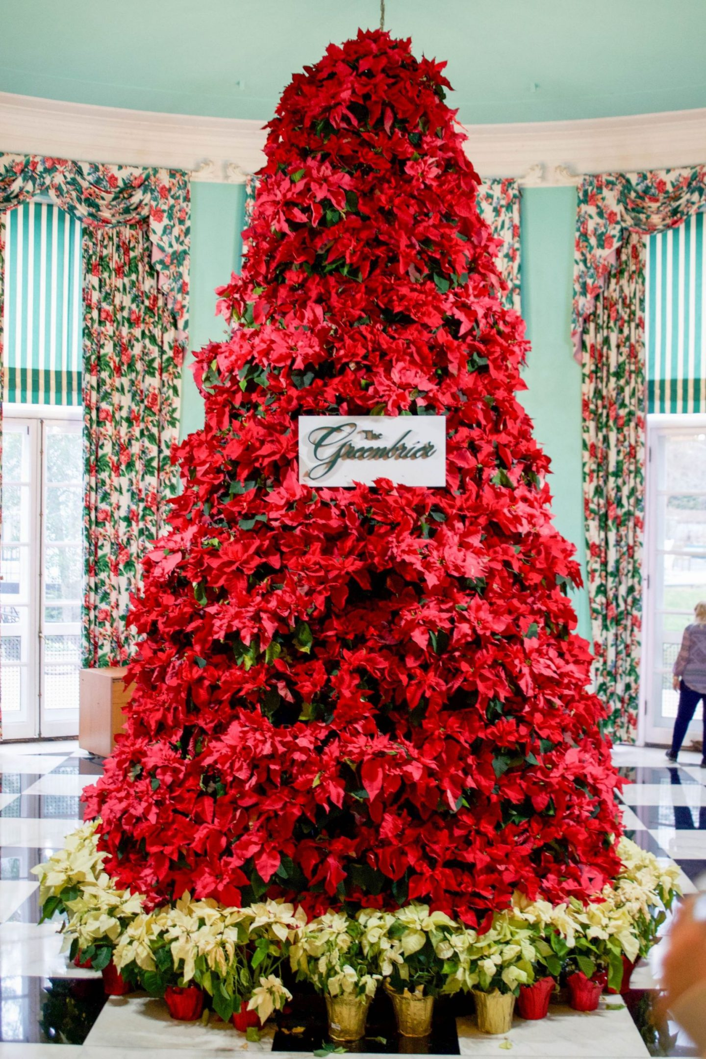 wintertime at the greenbrier - stay at the greenbrier - greenbrier during the winter - greenbrier review - greenbrier poinsettia tree