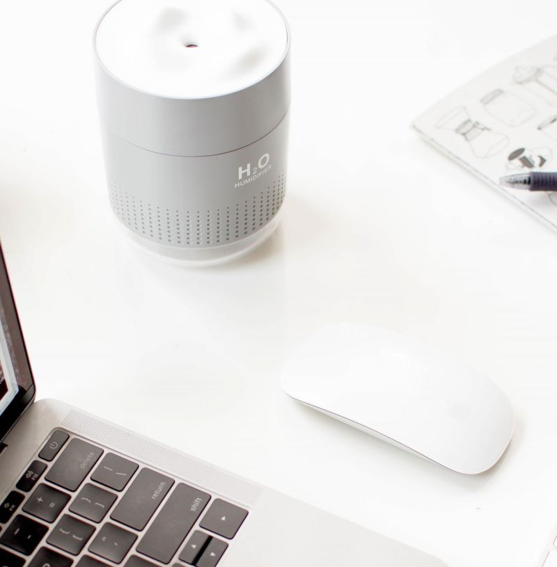 Tips for Your (Home) Office: Do Desk Humidifiers Work?