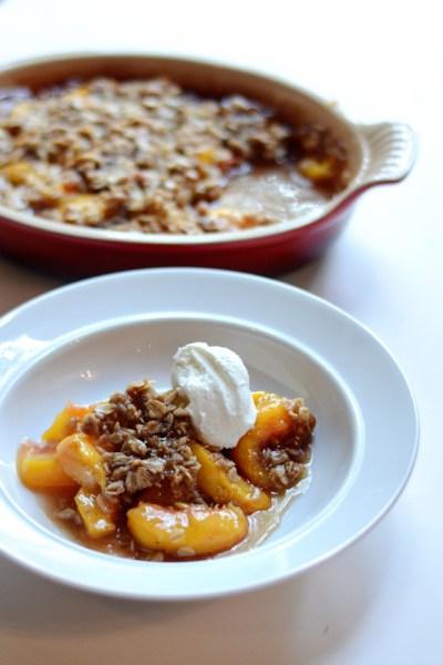Spiced Peach and Oatmeal Crumble