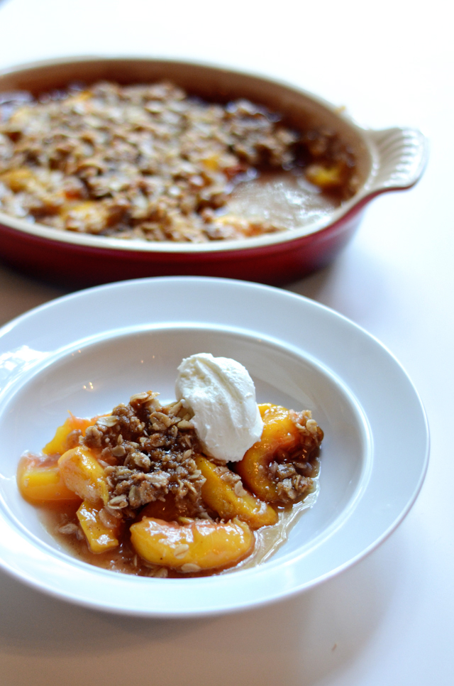 Spiced Peach and Oatmeal Crumble || HeathersDish.com