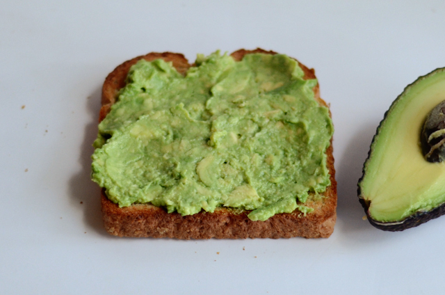 3-Minute Avocado Toast with Hard-boiled Eggs || HeathersDish.com