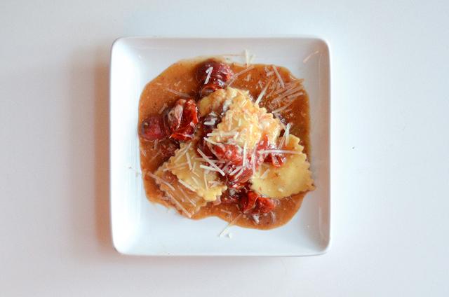 Tomato Ravioli || HeathersDish.com