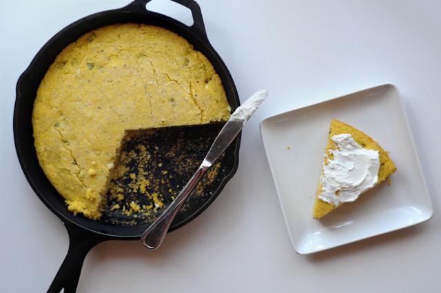 Roasted Jalapeno and Goat Cheese Cornbread || HeathersDish.com