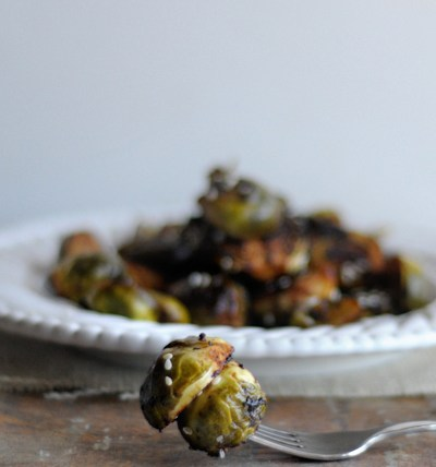 Hoisin-Sesame Roasted Brussels Sprouts || HeathersDish.com #healthysides #brusselssprouts #sidedishrecipe