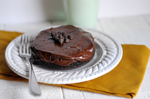 baked-chocolate-cake-for-one
