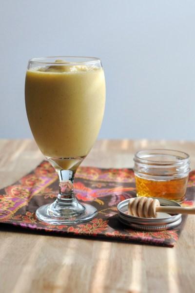 Chai Mango Smoothie || HeathersDish.com #blended