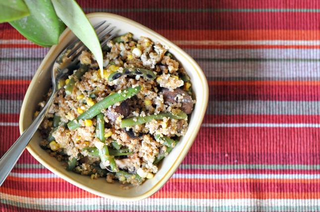 Quick Leftover Quinoa Fried Rice    HeathersDish.com #healthyeating