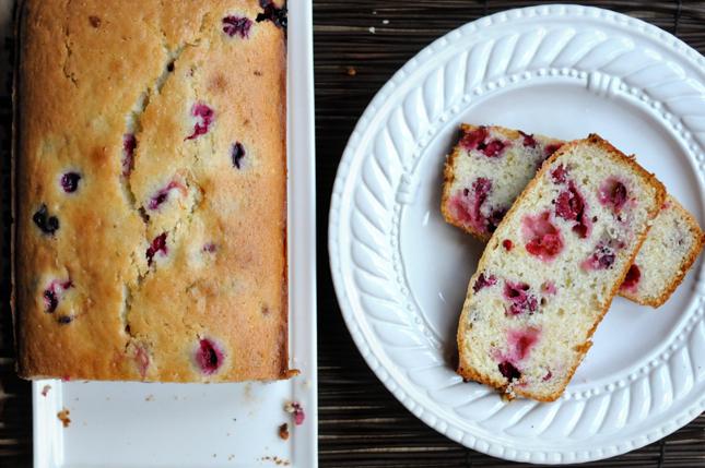 Cranberry Lime Loaf || HeathersDish.com