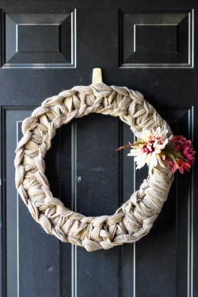 DIY Fall Burlap Wreath || www.HeathersDish.com #diy