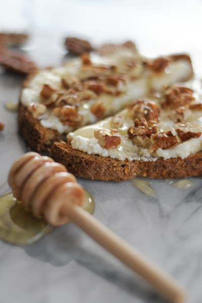 Toast with Ricotta, Honey and Toasted Pecans