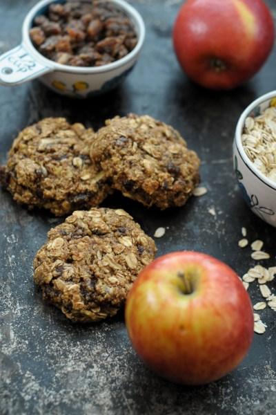 Apple Date Breakfast Cookies || Heather's Dish