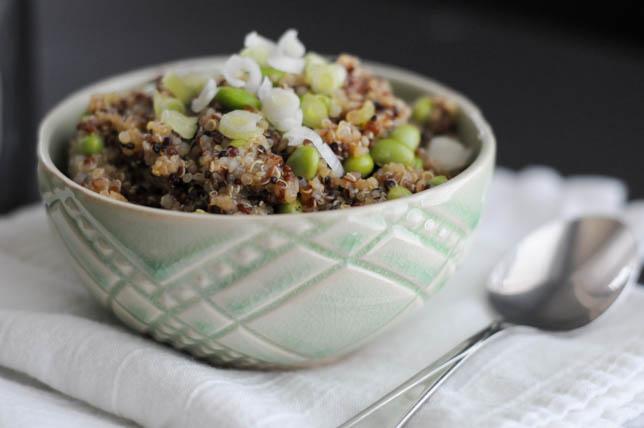 Asian Quinoa Edamame Salad || @heathersdish