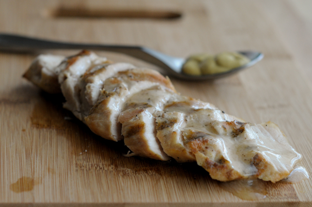 #whole30 approved mustard marinade for grilled chicken || @heathersdish