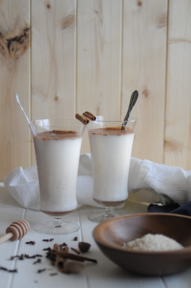 holiday spiced horchata is a creamy, delicious drink you can make for any get-together. add a little booze for the adults, or keep it alcohol-free for everyone - it's still fabulous! @heathersdish @ricelandfoods