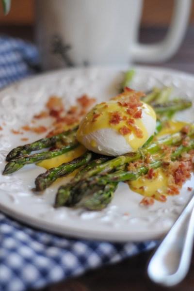 asparagus eggs benedict @heathersdish @tastearkansas