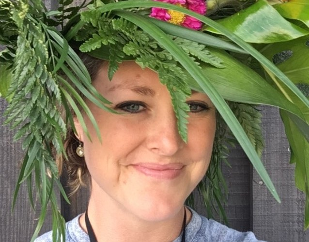 Video: How to Make Foolproof Flower Crowns