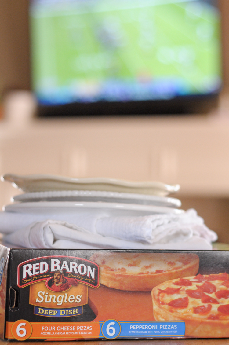 Dress Up Game Day with a Pizza Board! Using Red Baron Deep Dish Singles you can have a fun and beautiful treat for any age during football season! #sponsored @heathersdish @RedBaronPizza