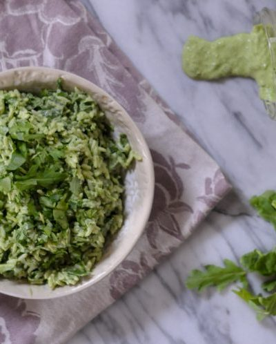 Green Goddess rice is a perfect way to sneak some green into your meals that is utterly packed with flavor. From @ricelandfoods & @heathersdish