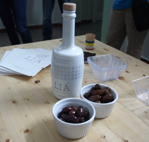 Olive oil tasting on the Big Olive gastronomic tour Photo: Heatheronhertravels.com