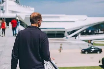 Airport Transfers Gatwick to Aylesbury Taxi Service