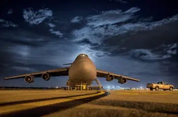 Airport Pickup London Gatwick to Hounslow Cabs 24 Hours