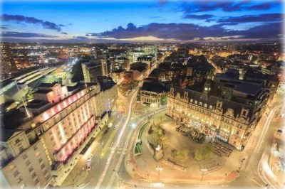 Leeds Bradford to Gatwick Transfers Taxi
