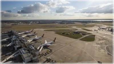 Airport Transfers Basildon to Heathrow Taxi Service