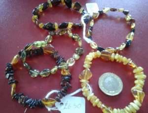 Adult amber Bracelets Budget 26, 23, 16, 105, 170 green.jpg