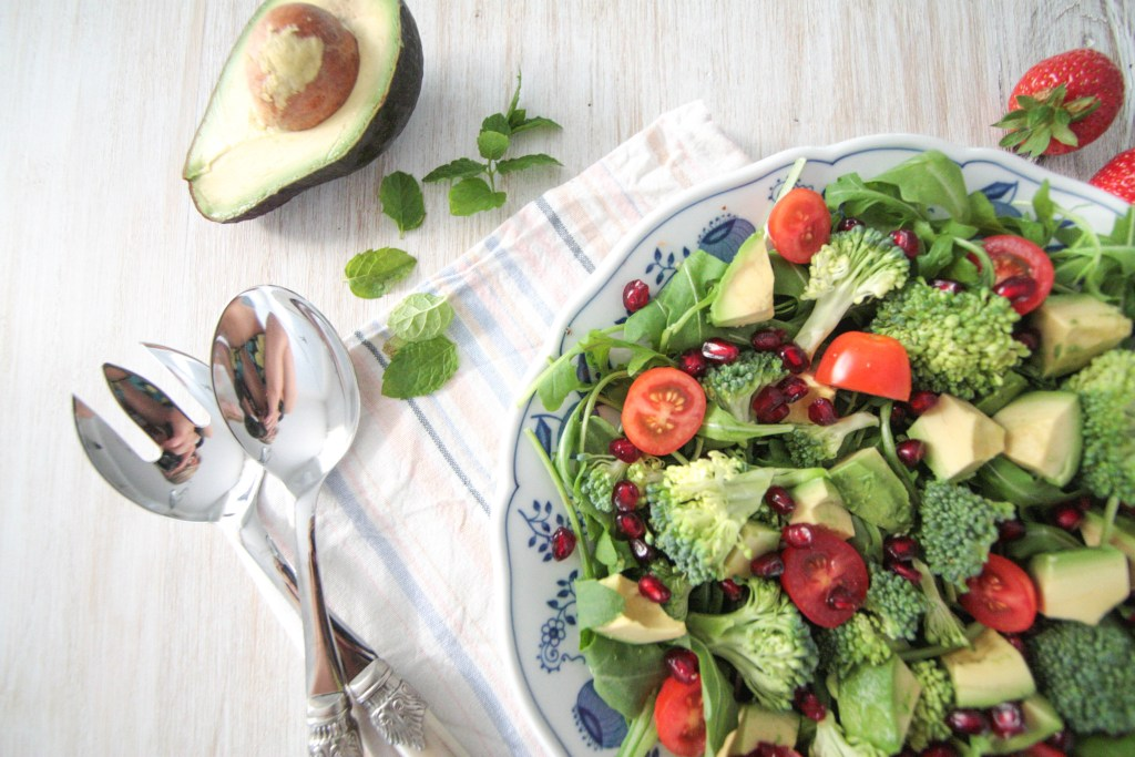 Avocado Broccoli Salad with Fresh Strawberry Mint Dressing