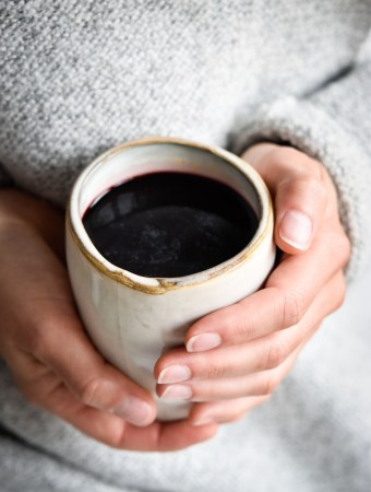 Elderberry-Turmeric-Drink and tips to stay healthy and fit during cold season