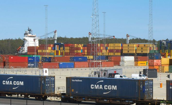 Stockholm Norvik Port Logs Increased Exports – Heavy Lift News