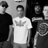 "Pennywise streamen neuen Song ""All or Nothing"""