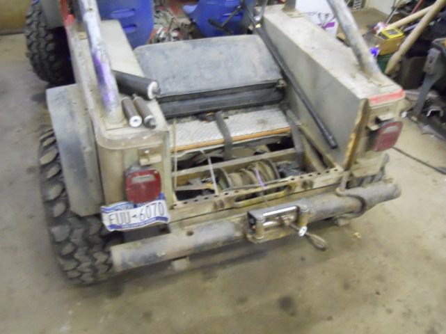 Jeep Scrambler hydraulic log skidder winch