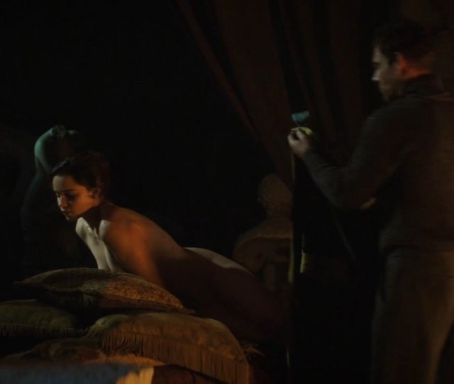 Emilia Clarke Nude Voice From The Stone 2017 2
