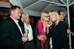 Hedi Grager und Reinhard Sudy (Mitte) mit Heide Diedrich (Foto Werner Krug)