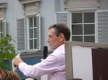 Christian Jungwirth eröffnet schwungvoll die Fotoausstellung (Foto Hedi Grager)
