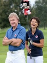 """Siegmund Birnstingl mit Gattin Elvira hatten viel Spaß beim """"Golfen mit Herz"""" (Foto GEPA)"""