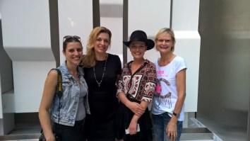 Foto Eva Maria Guggenberger, Video Marie Nadine Wohlmuth, Designerin Eva Poleschinski und Journalistin Hedi Grager beim Shooting in New York (Foto Reinhard Sudy)