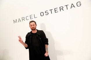 Designer Marcel Ostertag präsentierte seine Kollektion auf der New York Fashion Week. (Photo by Brian Ach/Getty Images)