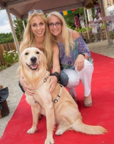 Yvonne Rueff und ihre Freundin Stefanie - STYLE UP YOUR LIFE! Sommerfest OBEGG 26. (Foto STYLE UP YOUR LIFE/Moni Fellner)