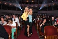 Fashion for Europe in der Wiener Staatsoper - Yvonne Rueff mit Freundin Brigitte (Foto FLASHED Events)