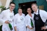 Start der 47° rare styrian cuisine - Sommelier Rene Kolleger, Hausherrin Manuela Thaller, Petra Zach und Sommelier Christian Zach