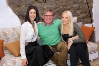 VITEO Outdoor Möbel Präsentation am GUT PÖSSNITZBERG - Top Model Kerstin Lechner, Winzer Walter Polz und Sängerin Michelle Luttenberger (Foto Moni Fellner)