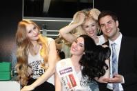 Miss Styria Andrea Jörgler unterstützte mit ihren Vize-Missen auch die Aktion, hier mit Marcel Resch (Foto Fotostudio Sima)