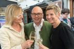 Hedi Grager, Michael Krainer und Barbara Muhr beim Maibockanstich und der Präsentation des Schlossberg-Magazins (Foto Werner Krug)