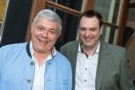 Moderator Michael Wanz und und Andreas Cretnik beim Maibockanstich und der Präsentation des Schlossberg-Magazins (Foto Werner Krug)